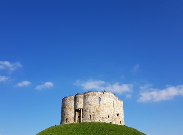 Un château en ruines